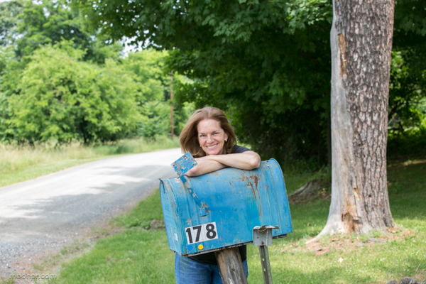 Me. Vacant farm house and the very cool blue mailbox. I want this.